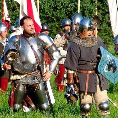Guerreiros, gladiadores, soldados, mosqueteiros e
