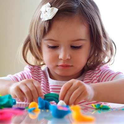 Plasticina, modelagem e construção
