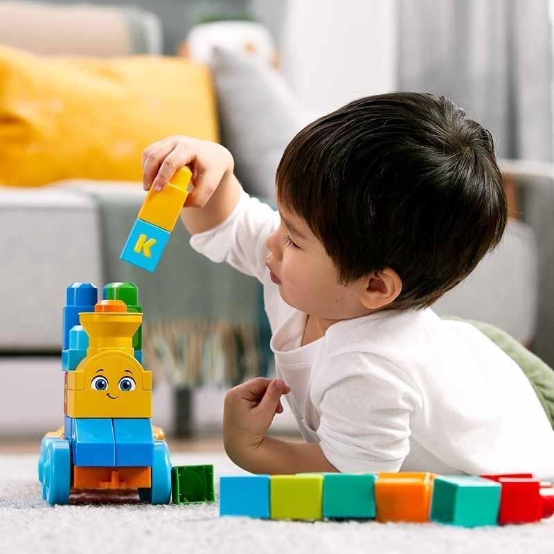 Brinquedos para empilhar e encaixar