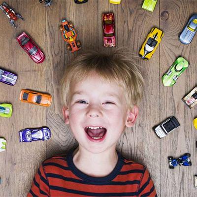 Veículos e Brinquedos Telecomandados