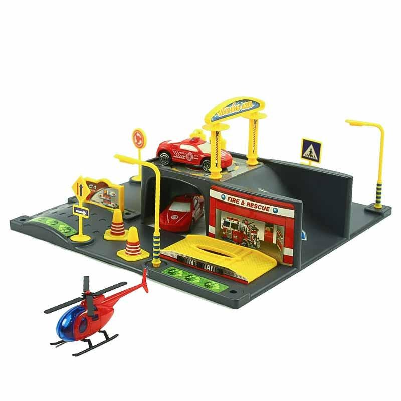 Parque de bombeiros com veículos