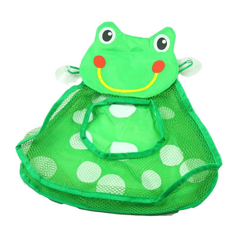 Sapinho arruma os brinquedos do banho