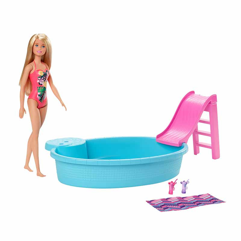 Barbie com piscina